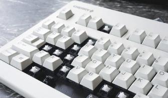 电脑键盘不听使唤该怎么办?